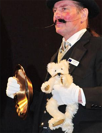 English Moustache Champion 2009 - Lutz Giese
