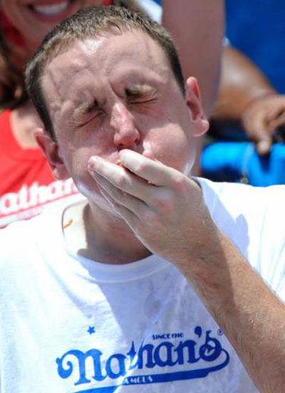 2009 Champion Joey Chestnut Eats 68 Hot Dogs at Coney Island Hot Dog Eating Contest (July 4, 2009)